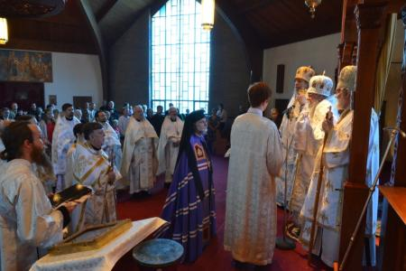 2014-0513-bp-mark-enthronement-2334