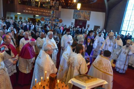 2014-0513-bp-mark-enthronement-2350