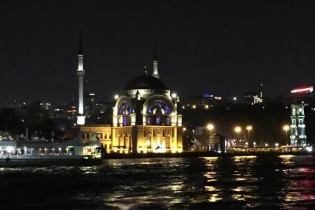2014-1216-istanbul-harbor