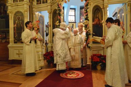 2014-1227-consecration19