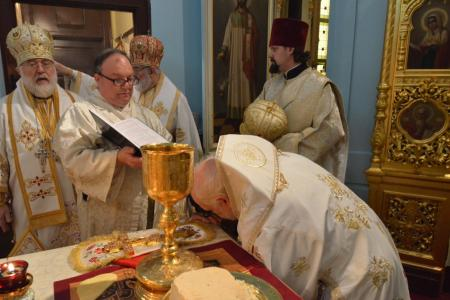 2014-1227-consecration46
