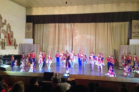 2015-0421-armenianyouth14