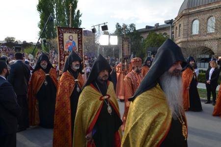 2015-0423-canonization14