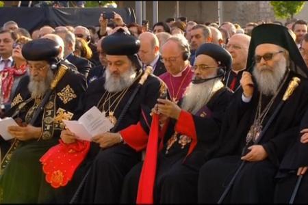 2015-0423-canonization30