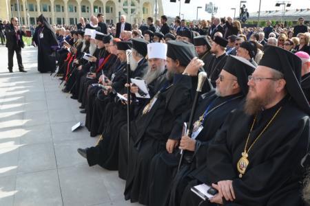 2015-0423-canonization6