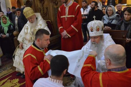 2015-0426-liturgycathedral14