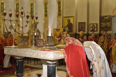 2015-0426-liturgycathedral17