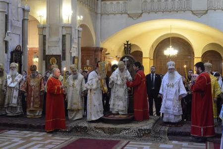 2015-0426-liturgycathedral18