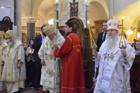 2015-0426-liturgycathedral19