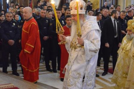 2015-0426-liturgycathedral20