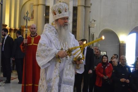 2015-0426-liturgycathedral21