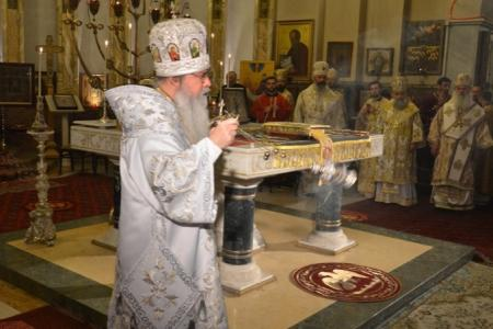 2015-0426-liturgycathedral23