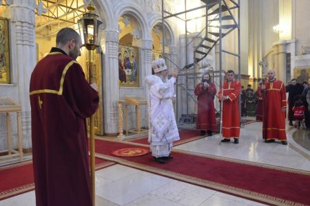 2015-0426-liturgycathedral24