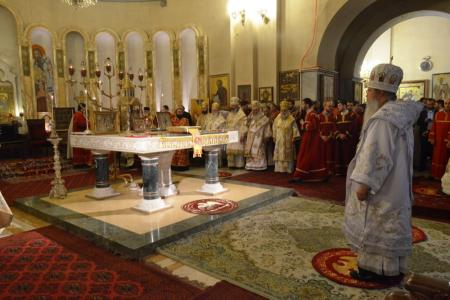 2015-0426-liturgycathedral29