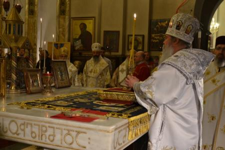 2015-0426-liturgycathedral30