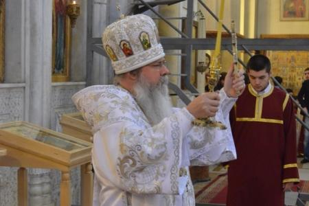 2015-0426-liturgycathedral32