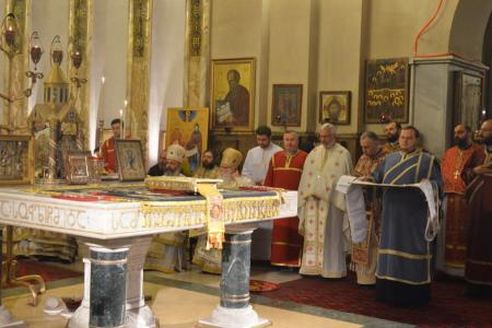 2015-0426-liturgycathedral36