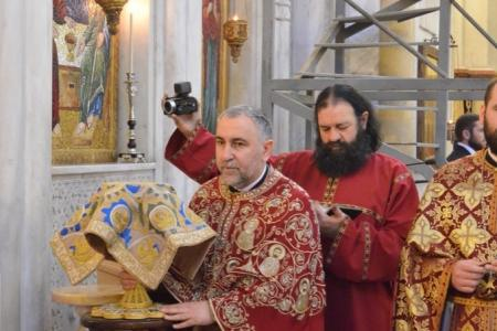 2015-0426-liturgycathedral39