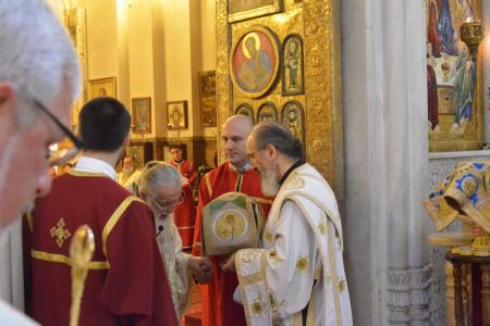 2015-0426-liturgycathedral40