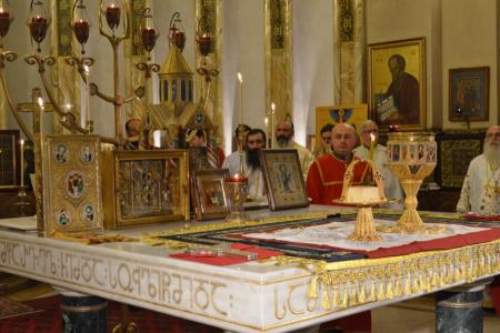 2015-0426-liturgycathedral43