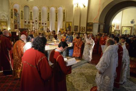 2015-0426-liturgycathedral44