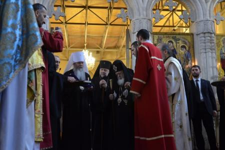 2015-0426-liturgycathedral50