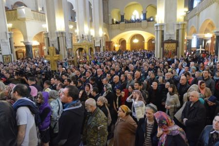 2015-0426-liturgycathedral54