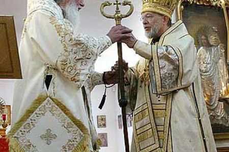 Bishop Nikolai installed as ru
