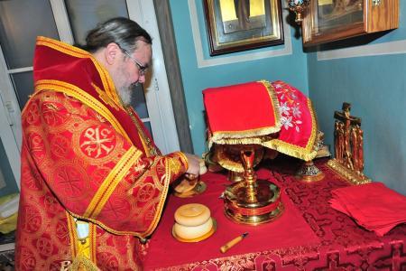 2012-1207-st-catherine-liturgy10