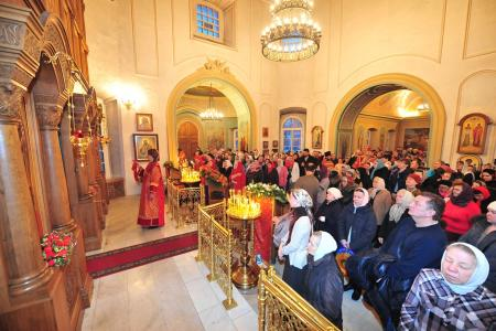 2012-1207-st-catherine-liturgy14