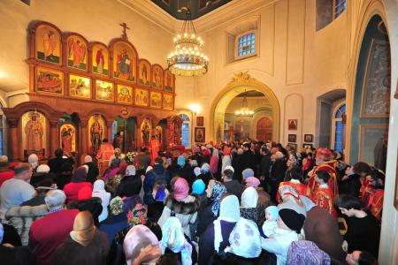 2012-1207-st-catherine-liturgy17