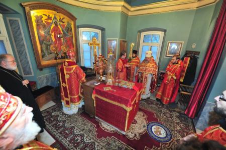 2012-1207-st-catherine-liturgy19