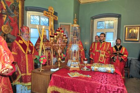 2012-1207-st-catherine-liturgy21