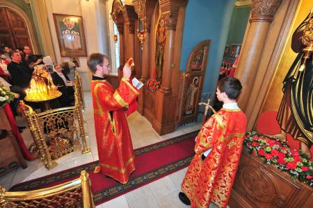 2012-1207-st-catherine-liturgy25