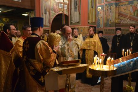 2013-0126-enthronement-vigil45