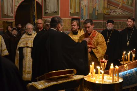 2013-0126-enthronement-vigil48