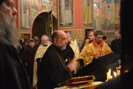 2013-0126-enthronement-vigil49