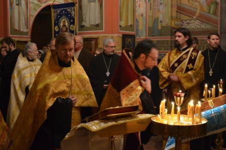 2013-0126-enthronement-vigil54
