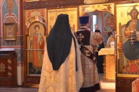 2013-0126-enthronement-vigil9