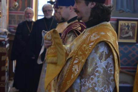 2013-0127-enthronement-met-tikhon12