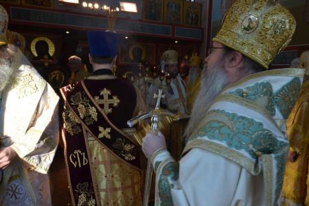 2013-0127-enthronement-met-tikhon21