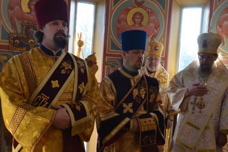 2013-0127-enthronement-met-tikhon35
