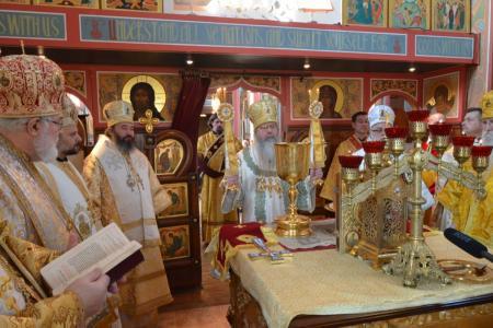 2013-0127-enthronement-met-tikhon38