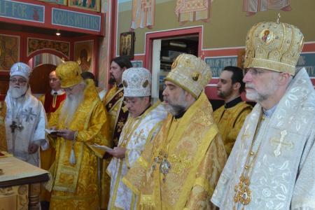 2013-0127-enthronement-met-tikhon42