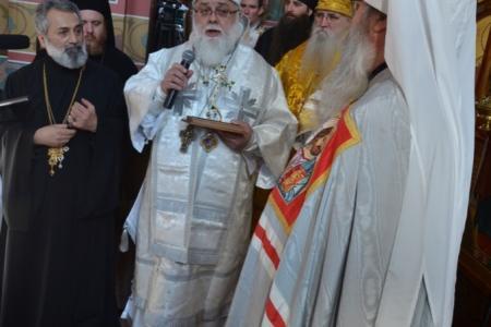 2013-0127-enthronement-met-tikhon61