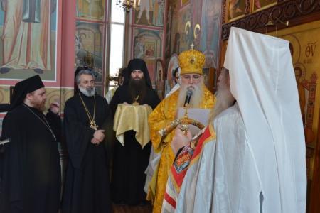 2013-0127-enthronement-met-tikhon64