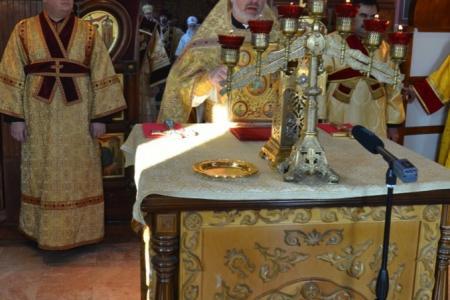 2013-0127-enthronement-met-tikhon8