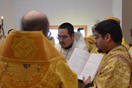 2014-0221-mahaffey-consecration102