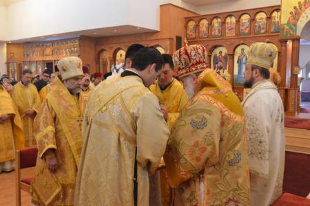 2014-0221-mahaffey-consecration25