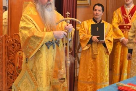 2014-0221-mahaffey-consecration29